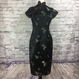 Dresses & Skirts - 1950s Vintage Silk Cheongsam Qipao from Hong Kong